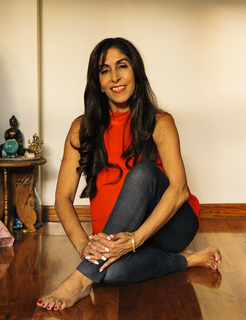 """Hema Vyas is a renowned speaker on heart wisdom, human consciousness, spirituality, health, energy medicine and the science of Ayurveda. As The Omnipreneurial Psychologist ™ speaker and mentor, she guides the path to commercial success, evolutionary and inclusive leadership, wellbeing and positive impact for independents, startups and corporates. Omnipreneurs place value on health and humanity alongside business goals seeing meaning and success as integral to one another. Hema also works with diverse global audiences to bring about an alignment in heart, mind and body intelligence for optimal creativity, critical-thinking and cohesion.  Her mission is to provide a direct experience of the power of the heart and move people into what she uniquely terms a state of gold. """"As nothing can tarnish or destroy the sustainable and highly valuable element of gold, so when we excavate all that is not who we really are, we become aware of our true selves."""""""